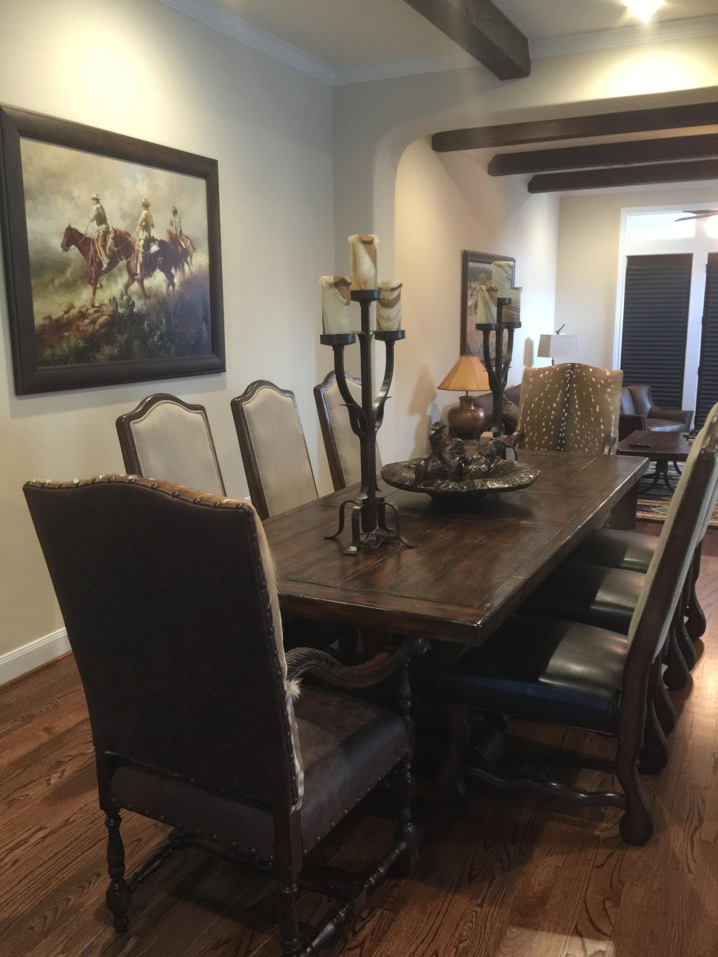 Attirant Dining Rooms